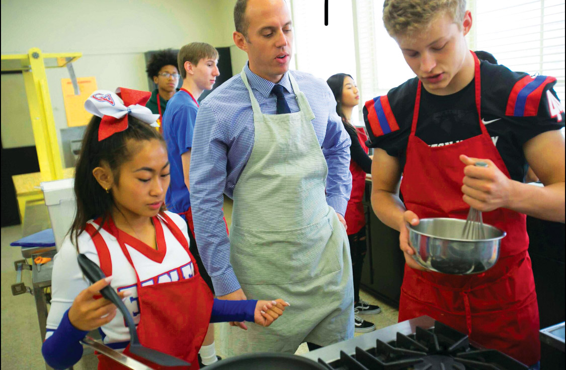 """Clayton Valley Students Launch """"Discovery Kitchen"""""""